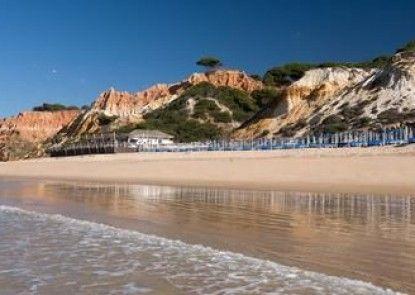 Pine Cliffs Hotel, a Luxury Collection Resort, Algarve