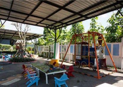Play La Ploen Boutique Resort