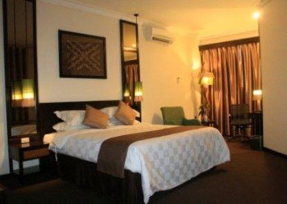 Plaza Hotel Semarang Kamar Tamu