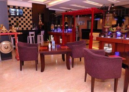 Plaza Hotel Semarang Ruang Tamu