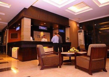 Plaza Hotel Semarang Teras