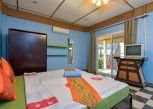 Pesan Kamar Standard Room With Balcony di Ploy Inn Koh Chang