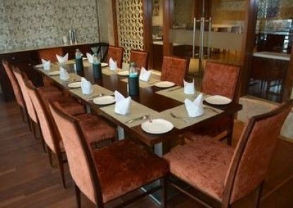 P L Palace Lords Inn Agra