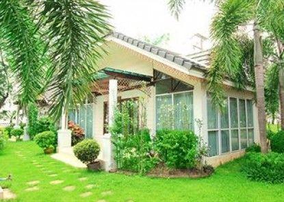 Plumeria Villa & HideAway