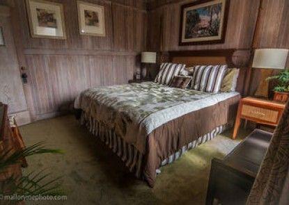 Poipu Bed & Breakfast Inn