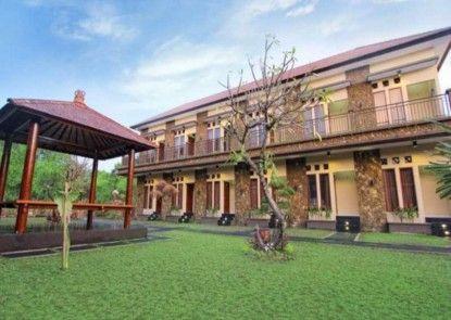 Pondok Jempiring Kuta Bali Eksterior