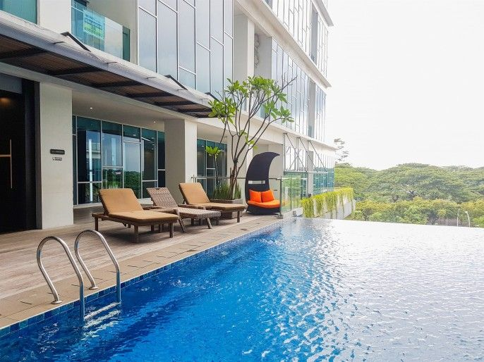Pool View Brooklyn Studio Apartment near IKEA By Travelio, Tangerang
