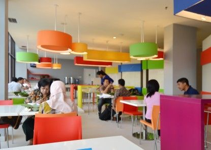 POP! Hotel BSD City Tangerang Ruang Makan