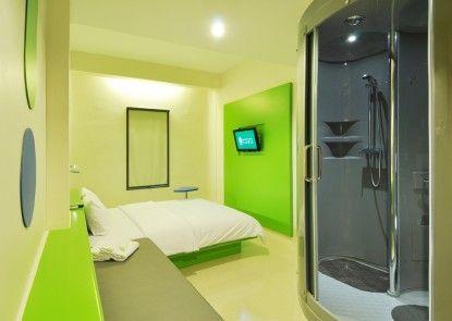 POP! Hotel BSD City Tangerang Kamar Tamu