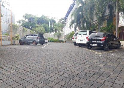 POP! Hotel Teuku Umar Tempat Parkir