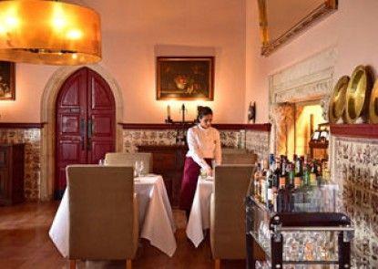 """Pousada Castelo de Ã""""bidos - Historic Hotel"""