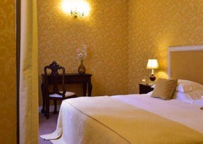 Pousada Convento de Evora - Historic Hotel
