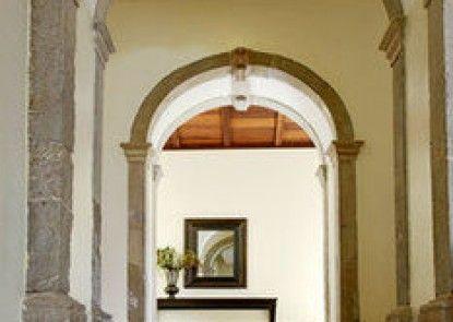 Pousada Convento de Tavira - Historic Hotel