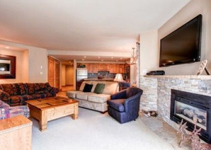 Powderhorn Condominiums by Ski Country Resorts