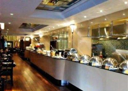 Prama Grand Preanger Bandung Makan Prasmanan