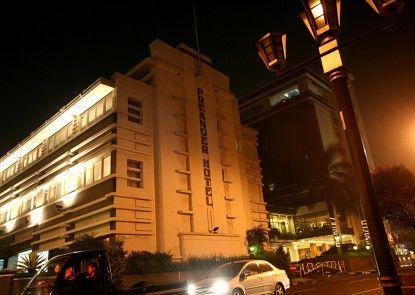 Prama Grand Preanger Bandung Teras