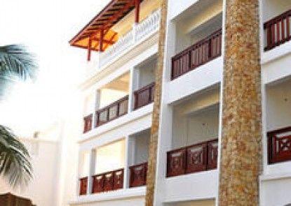 PrideInn Paradise Beach Hotel