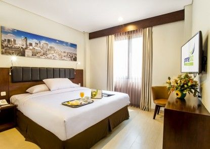 PrimeBiz Hotel Karawang Ruangan Suite