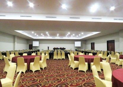 Prime Plaza Hotel Kualanamu - Medan Ruang Pertemuan