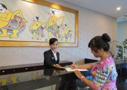 Prime Plaza Hotel Kualanamu - Medan Penerima Tamu