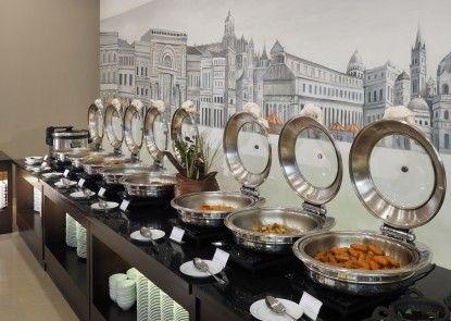 Prime Plaza Hotel Kualanamu - Medan Makan Prasmanan