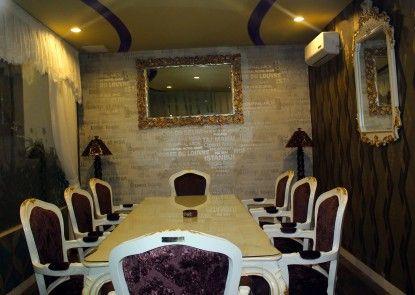 Grand Batik Inn Ruangan Meeting