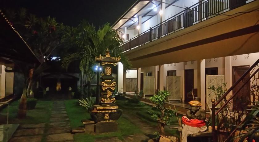 Puji Homestay Mataram, Mataram