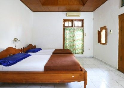 Pulestis Beach Hotel Teras