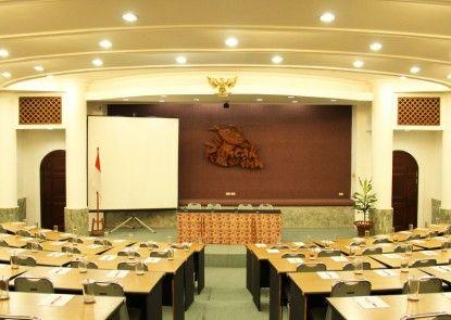 Puncak Inn Resort Hotel Ruangan Meeting