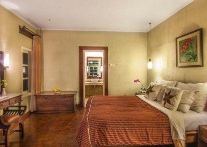 Puncak Pass Resort Interior
