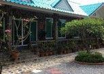Pesan Kamar Kamar Deluks di Punpisa Resort