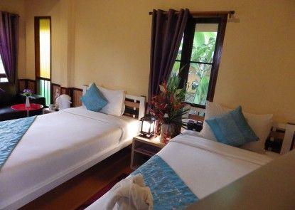 PuraVida Pai Resort