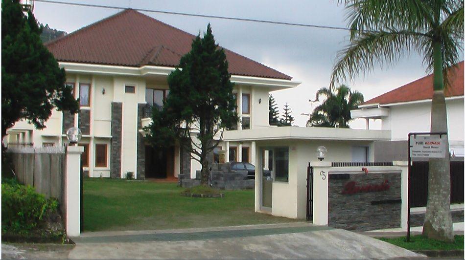 Puri Bernadi Guest House, Bandung