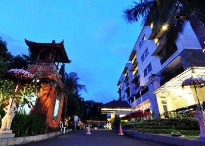 Puri Denpasar Hotel Eksterior