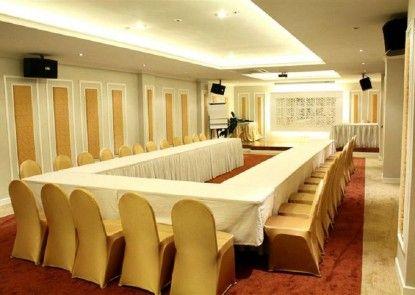 Puri Denpasar Hotel Ruangan Meeting