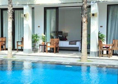 Asana Puri Maharani Hotel Kolam Renang