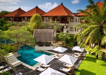 Puri Santrian Beach Resort & Spa Kolam Renang Pribadi