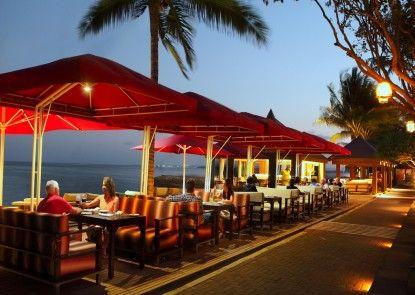 Puri Santrian Beach Resort & Spa Rumah Makan