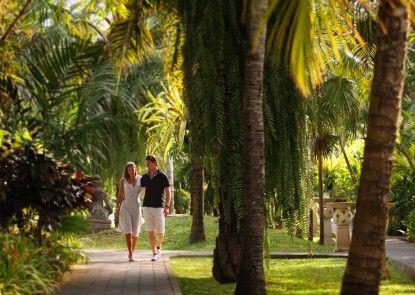 Puri Santrian Beach Resort & Spa Taman