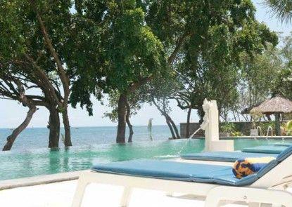 Puri Saron Baruna Beach Hotel Pantai