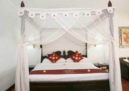 Puri Saron Baruna Beach Hotel Kamar Tamu
