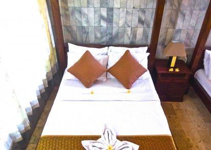 Puri Wisata Balinese Style Hotel Kamar Tamu