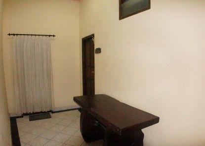 Puri Alam Dewata Guest Villas Interior