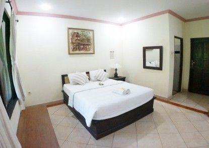 Puri Alam Dewata Guest Villas Kamar Tamu