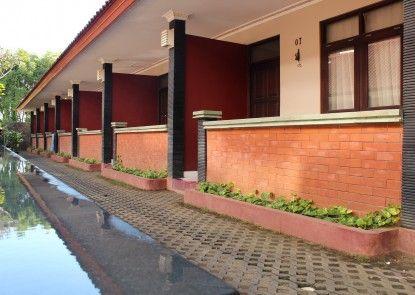 Puri Ganesh Inn Teras