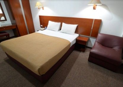 Puri Mega Hotel Teras