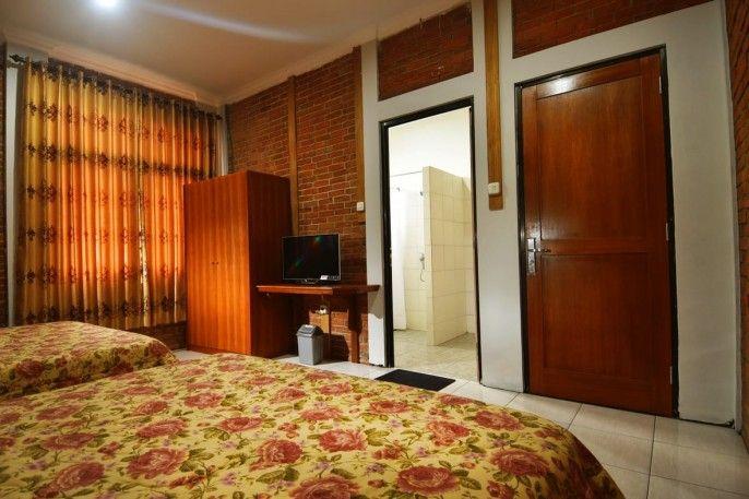 Puri Saras Family Garden Hotel, Bandung