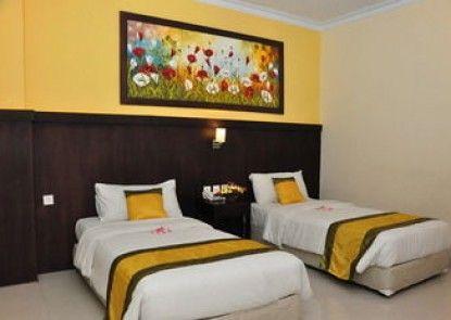 Puri Saron Hotel Denpasar Kamar Tamu
