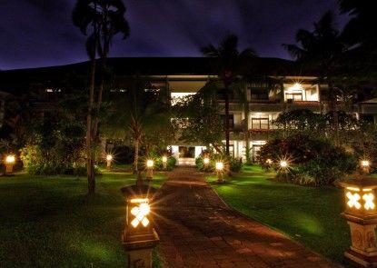 Puri Saron Seminyak Hotel Eksterior