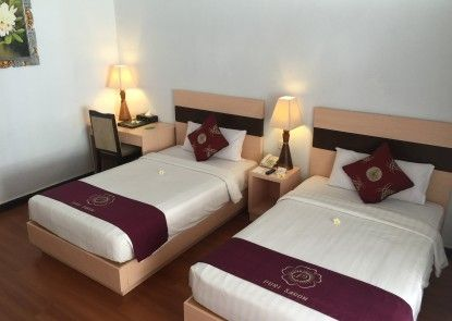 Puri Saron Seminyak Hotel Bungalow